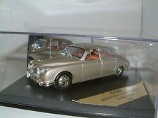 1/43 Vitesse, Jaguar MKII 3.8. 1960 en la arena dorada, ruedas de disco RHD,