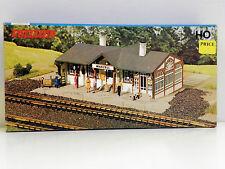 "Vollmer Ho U/A ""Station Maxzell"" Plastic Model Kit #3509B"