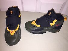USED AIR SPEED TURF SZ 1.5 YOUTH DEION SANDERS ARMY GREEN YELLOW RED BLACK