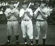 Joe DiMaggio Lou Gehrig  New York Yankees and Charlie Gehringer 16z20 photo