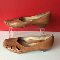Clarks Soft Tan Leather Small Heel Comfort Court Shoes UK 6 EUR 39