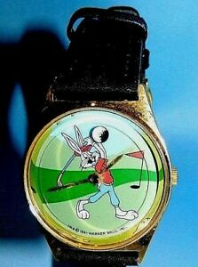 LOONEY TUNES/ BUGS BUNNY playing golf  WATCH lot 502  box 133