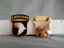 UNIFORM INSIGNIA - U. S. ARMY 101st AIRBORNE DIVISION COMBAT SERVICE ID BADGE