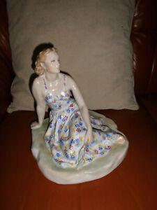 Porzellanfigur-Russia -Sommer-Asta Brschesitskaja - Handbemahlt -