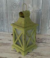 große Laterne Holz Metalldach Windlicht Gartenlaterne Holzlaterne grün Frühling
