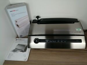 Food Saver V3840 Vacuum Sealer Machine + Bags And Instructions