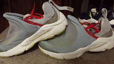 NIKE AIR PRESTO FOOT TENT Womens 7-8 Gray Red White FREE SHIPPING *RARE*