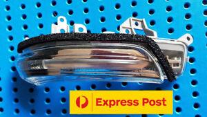 WING DOOR  MIRROR INDICATOR for TOYOTA PRIUS V ZVW40 2012- 2015 Lamp LH / RH