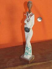 statuette femme cubaine
