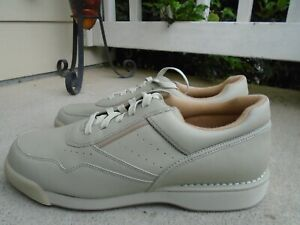 New Rockport beige leather mens walking shoes sz 10.5