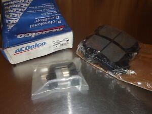 New NOS ACDelco Semi-Metallic Disc Brake Pad Set 17D1404MHPVF1 19366011 Police