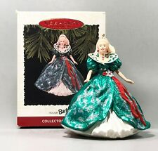 1995 Hallmark Christmas Ornament Holiday Barbie Qxi5057