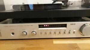 Amplificatore Akai AM-U22 Vintage Integrato Stereo HI FI