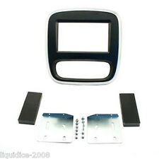 CT23RT10 RENAULT TRAFIC 2014 ONWARDS SILVER & GREY DOUBLE DIN FACIA ADAPTER KIT