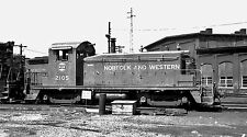 Norfolk & Western (N&W) #2105 Black & White Print