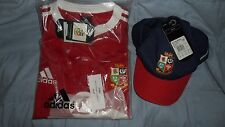 BRITISH LIONS RUGBY SHIRT XL SHORT SLEEVED WITH BASEBALL CAP NEW WITH TAGS 2005