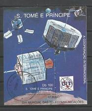 Cosmos St Thomas et prince (61) bloc oblitéré