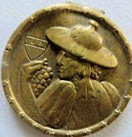 Vintage Medal Huguenin Die Schweizer Trachten les costumes Nationaux WAADT VAUD