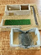 WARGAMING 20mm/25mm BOMBED OUT DESERT BUILDINGS (2) DIORAMAS