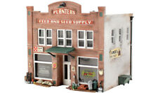 Woodland Scenics HO Scale Pre-Fab Building/Structure Kit Planters Feed & Seed