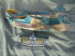 NOS CHEVY Caprice 1980 - 1985 1986 - 1990 Trunk Lock Cover EMBLEM * Genuine GM