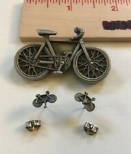 Vintage JJ Jonette Pin Bicycle w/ matching minibike earrings in the tires Pewter
