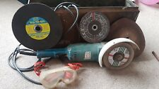 Black & Decker Angle Grinder - With Spare Disks