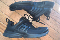 Nike Air Presto Triple Black 833875-003 Sz 6Y