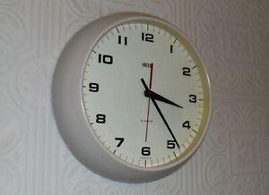 Splendid Vintage SMITHS Quartz Round White School Office Industrial Wall Clock