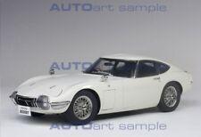 Autoart 1965 TOYOTA 2000 GT COUPE WHITE/WIRE SPOKE WHEELS 1/18 Scale In Stock!