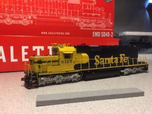 Scale Trains HO EMD SD40-2 Santa Fe ATSF #5125 DCC & LokSound SXT30454