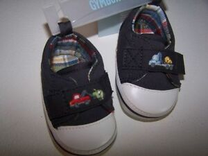NWT Gymboree Mr TOW TRUCK Gray Embroidered SNEAKER CRIB SHOES Size 01 OR 04