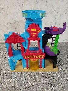 Imaginext Daily Planet Play Set Superman Building 2015 Mattel DTP30 DC Comics