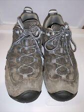 Keen Hiking Sneaker Shoe Womans Sz 9 EUC