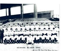 1942 NEWARK BEARS TEAM 8X10  PHOTO NEW JERSEY BASEBALL HOF USA