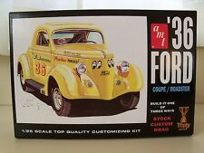 AMT - (1936) '36 FORD COUPE / ROADSTER CONVERTIBLE (3 IN 1) MODEL KIT (OPENED)