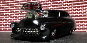 "1949 Muscle Machines 1:18 scale Custom '49 Mercury ""Raked & Slammed"" Flat Black"
