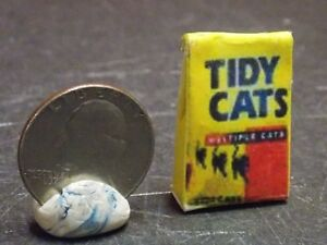 Dollhouse Miniature Cat Kitty Litter Bag 1:12 one Inch Scale H150 Dollys Gallery