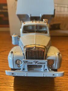 "First Gear Mack-B-Model Dump Truck "" Steve Corell"" , 1/34 Scale"