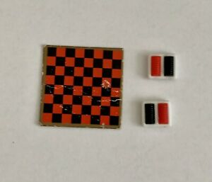 """🌷 TOMY Dollhouse CHECKERS GAME Complete - 1"""" Game Board Rare Miniature"""