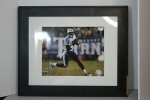 Vince Young Titans 16x20 Photo in frame 17 X 14