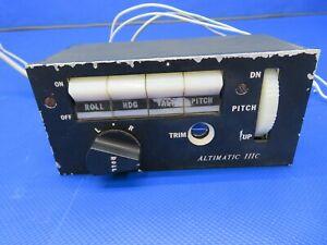 Piper PA-32RT-300 Altimatic IIIC Autopilot Controller Head Unit 14V (0121-03)