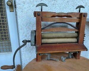 Vintage Excellanta Wash Tub Washing Machine Hand Crank Roller Wringer Primitive