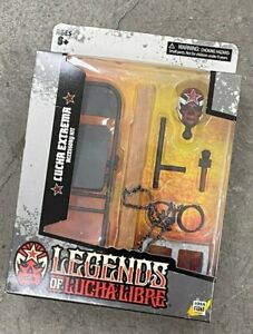 DEC208084: LEGENDS OF LUCHA LUCHA EXTREMA 1/12 scale accessory set