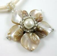 Natural Mother of Pearl Shells Flower Pendant Beads Necklace Women Jewelry EA217