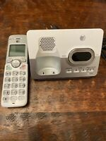 Advanced American Telephone AT&T Model EL52203 Portable Phone Answering Machine