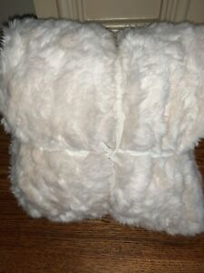 "Pottery Barn Faux Fur Alpaca Throw Blanket 50 x 60"" Ivory New"