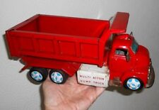 Yonezawa (Japan) Lift Dump Truck - Tipping action - TINPLATE BATTERY TOY 1960`s