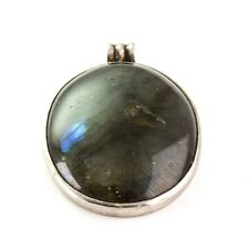 Large Modern Labradorite Pendant in Oval Cabochon ca. 72.55 ct