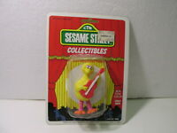 Tara Toy Corp Sesame Street Collectibles Big Bird Figure  t3978